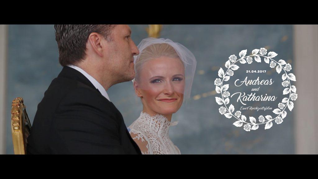 NEUE KAMMERN im Schloss Sanssouci von Potsdam - heiraten Sie nicht ohne einen traumhaft schönen Hochzeitsfilm. Daleen hält ihren Tag in weiß mit der Filmkamera fest. Für emotionale bewegte Momente auf Film - Ihr Hochzeitsfilm